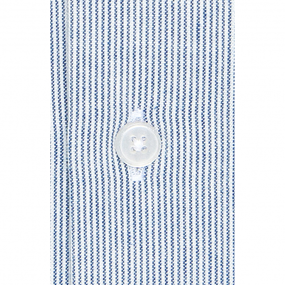 Chemise à rayures bleues