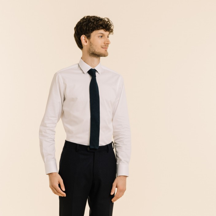 Cravate bleu marine en maille de soie