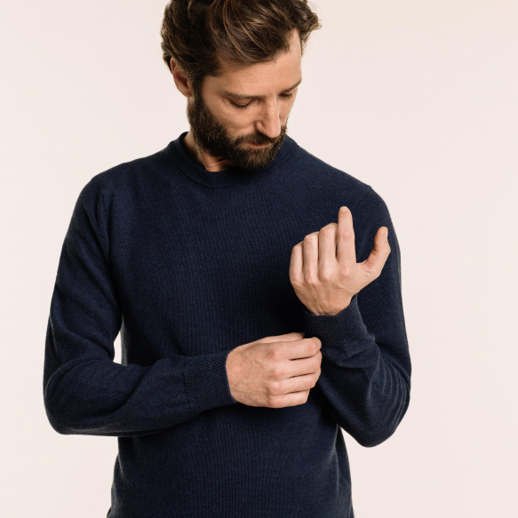Blue thin merino wool jumper