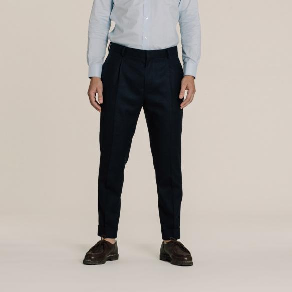 Pantalon à pinces en flanelle de laine bleu marine